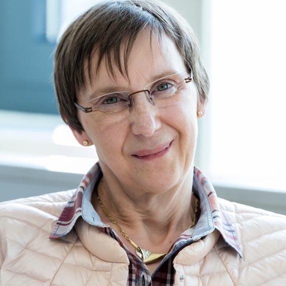 Coaching Ausbildung Teilnehmerin Gabi Weidner erzählt, wie sie von der Ausbildung profitiert